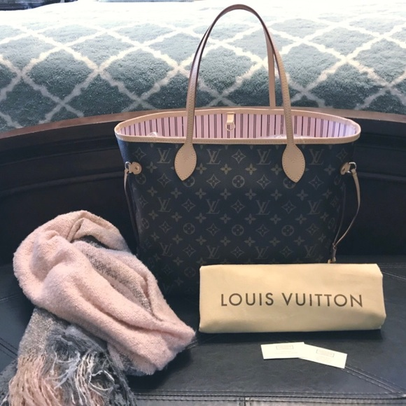 9c072fde8d9c Louis Vuitton Rose Ballerine Neverfull MM